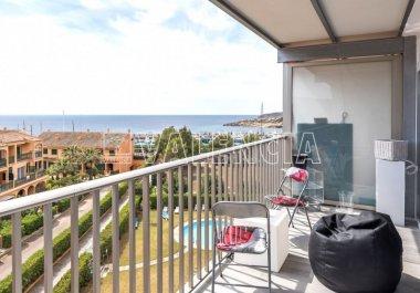 Квартира с видом на Порт Адриано