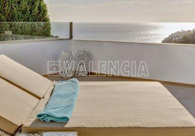 Вилла с видом на море