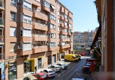 Квартира в Валенсии, в Nou Moles