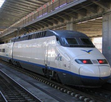 Высокоскоростной поезд из Валенсии в Мадрид