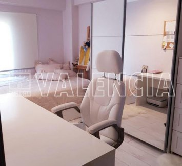 Квартира в Валенсии, в 100 метрах от пяжа