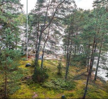 Земля в пригороде Хельсинки