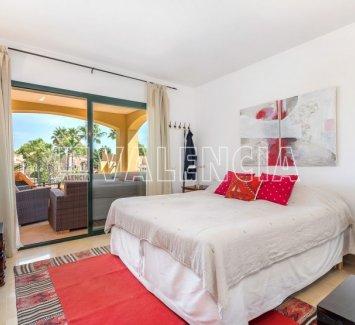 Квартира рядом с Порт Адриано