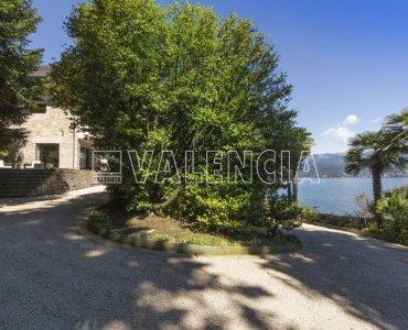 Потрясающая вилла на озере Маджоре